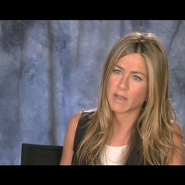 Jennifer Aniston ueber Wally und Kassie - OV-Interview