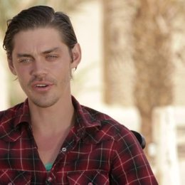 Tom Payne darüber, was er an Rob Cole mag - OV-Interview