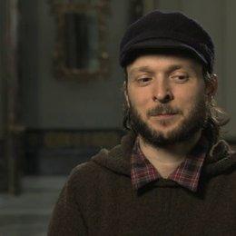 Sidi Larbi Cherkaoui über die Zusammenarbeit mit Dario Marianelli - OV-Interview