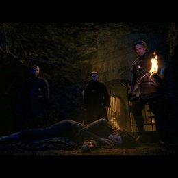 Die Hexe wird ruhig gestellt - Szene