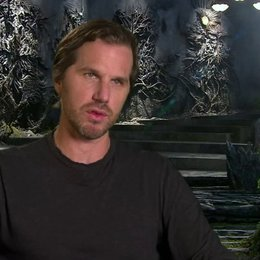 Breck Eisner - Regisseur - über Hexerei - OV-Interview Poster