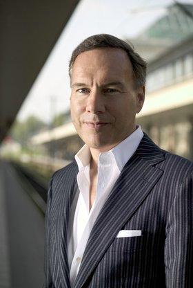 Prof. Nico Hofmann