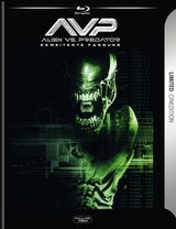 Alien vs. Predator (R-Rated Version, 2 Discs) Poster