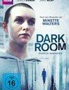 Dark Room - Dunkle Kammern Poster