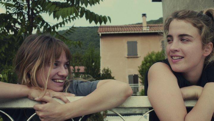 Die unerschütterliche Liebe der Suzanne - Trailer Poster