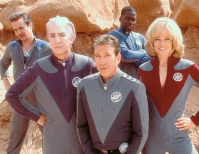 """Planlos durchs Weltall zieht die Crew in """"Galaxy Quest"""" © Paramount"""