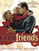 GIRL friends (5. Staffel, 12 Folgen) (3 DVDs) Poster