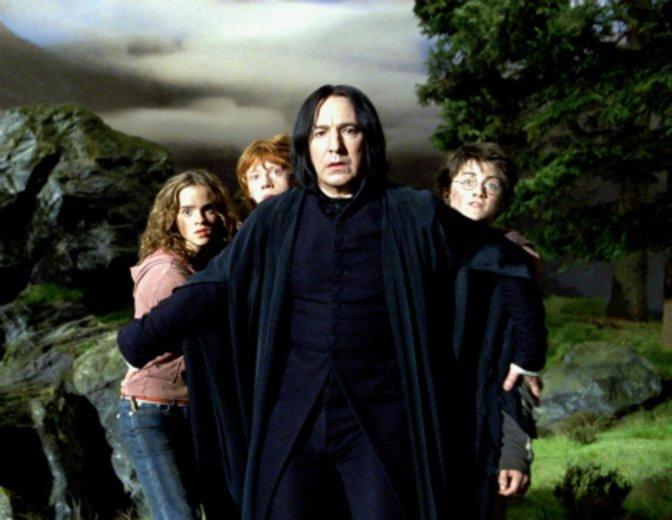 """Alan Rickman als Severus Snape und dem bekannten Trio in """"Harry Potter und der Gefangene von Askaban"""" © Warner"""