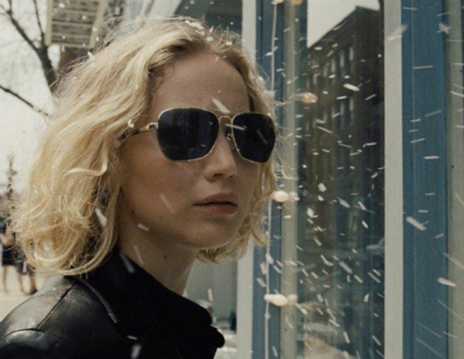 """Jennifer Lawrence gewinnt den Golden Globe für """"Joy - Alles außer gewöhnlich"""" © Fox"""