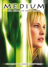 Medium - Die komplette erste Season (4 DVDs) Poster