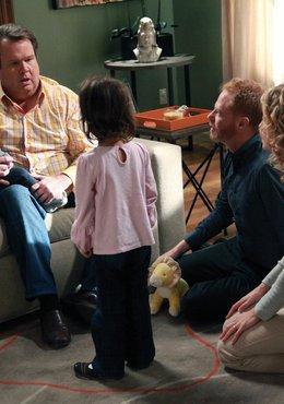 Modern Family (Season 3)