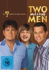 Two and a Half Men: Mein cooler Onkel Charlie - Die komplette fünfte Staffel (3 DVDs) Poster