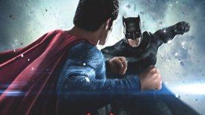 "Kinocharts: ""Batman v Superman"" punktet an den Kinokassen trotz negativer Kritiken"