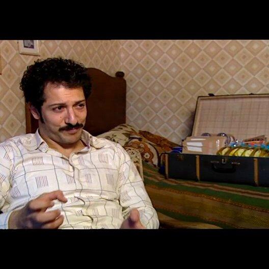Fahri Yardim (Hüseyin - jung) über den alten und den jungen Hüseyin - Interview