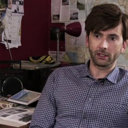 David Tennant über die Improvisation beim Dreh - OV-Interview Poster