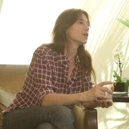 Charlotte Gainsbourg - Alice - über die ernsthafte Thematik des Films - OV-Interview