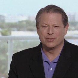 Al Gore über die Arbeit an dem Film, die geringe Beachtung des Themas und seine verlorene Präsidentschaftswahl - OV-Interview Poster