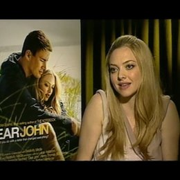 Amanda Seyfried / SAVANNAH CURTIS / über Liebesbriefe - OV-Interview Poster