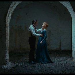 Kuss unter dem Bogen - Szene