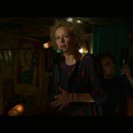 Sophie singt in einer New Yorker Bar - Szene Poster