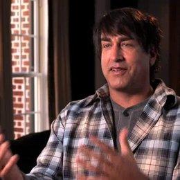 Rob Riggle über den Zusammenhang der beiden Filme - OV-Interview