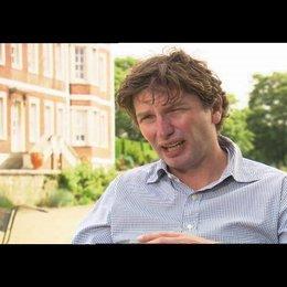 Andrew Macdonald über den Reiz des Projektes - OV-Interview