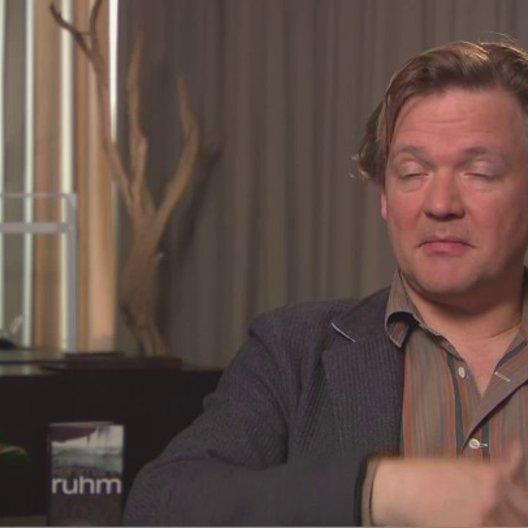 Justus von Dohnanyi darüber worum es ihm Film geht - Interview Poster