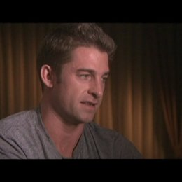 Interview mit Scott Speedman (James) - OV-Interview Poster