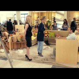Katherine und Danny auf Shoppingtour - Szene
