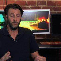 Andrew Form über das Ouijabrett als Basiselement des Films - OV-Interview