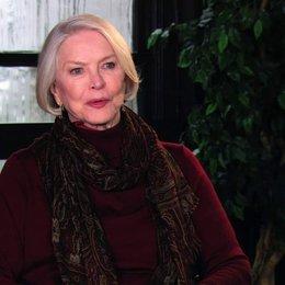 Ellen Burstyn - Flemming - über die Idee, nicht alt zu werden - OV-Interview Poster