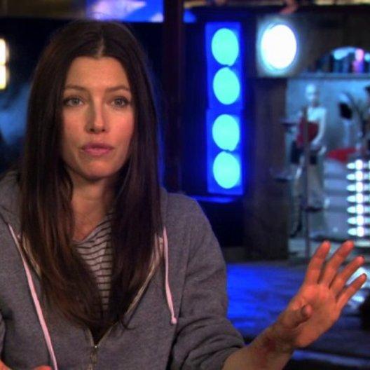 Jessica Biel über was den Film auszeichnet - OV-Interview Poster