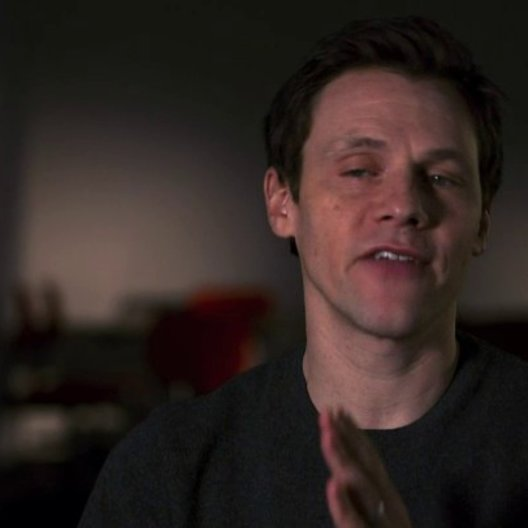 Will Gluck - Regie - über den Film - OV-Interview