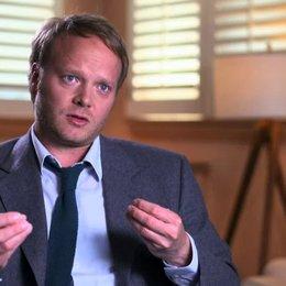 Sebastien Lemercier - Produktion -  über Cali als moralischen Kompass in der Geschichte - OV-Interview