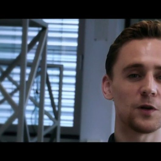 Tom Hiddleston (Adam) über den Film - OV-Interview Poster
