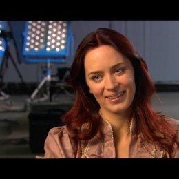 Emily Blunt über ihre Rolle - OV-Interview Poster