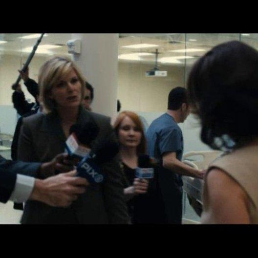 Cathleen Hostetler wird beschattet - Szene