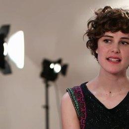 Juri über Inhalt, ihre Rolle und Charlotte Roche - Interview Poster