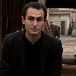 Interview mit Khalid Abdalla ( Amir ) - OV-Interview Poster