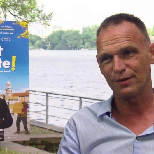 Vinko Brešan Regisseur darüber, worum es im Film geht, über das Casting - OV-Interview Poster