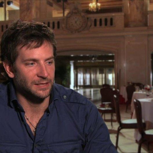 Bradley Cooper - Richie DiMaso - über Spannung - OV-Interview Poster