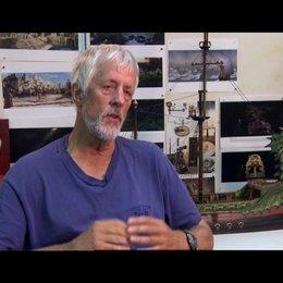 Michael Apted über die Fantasiewelt und die realistische Darstellung der Schauspieler - OV-Interview
