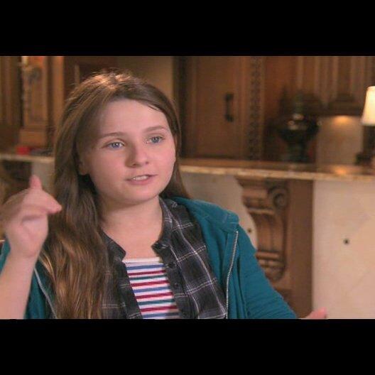 Abigail Breslin über Emma Stone - OV-Interview