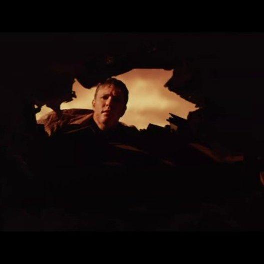 Henry sieht die beiden Söhne durch das Loch in der Decke - Szene