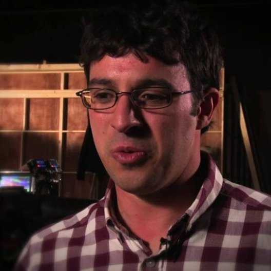 Simon Bird über die Erwartungen an den Film - OV-Interview Poster