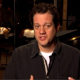 MICHAEL GIACCHINO Composer - über ANDREW STANTON - OV-Interview Poster