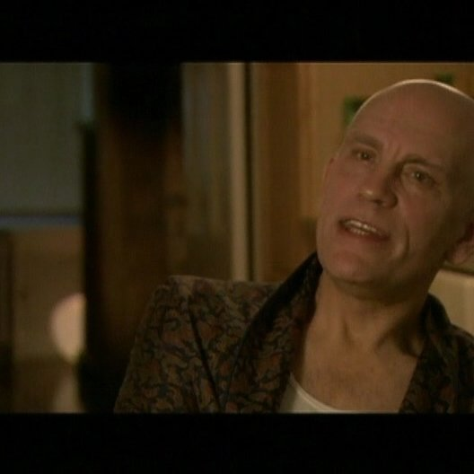 Interview mit John Malkovich (Osborne Cox) - OV-Interview Poster