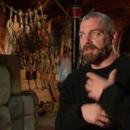 Stevenson über die Freundschaft der Musketiere - OV-Interview Poster