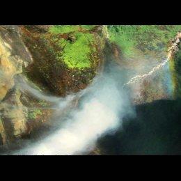 Unsere Erde - Der Film - Teaser Poster