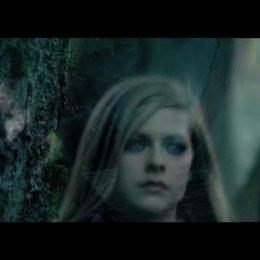 "Musikvideo: ""Avril Lavigne - Alice"" - Featurette"